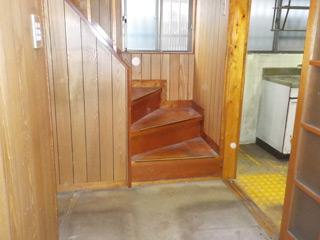 階段下のアフター