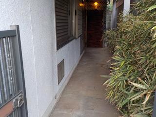 家の外周入口からのアフター