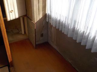 廊下左手のアフター