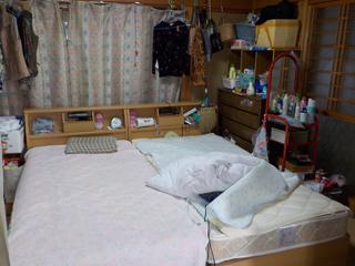 寝室のビフォア