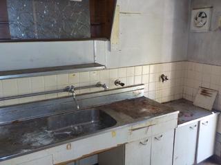 (部屋2)部屋1のキッチンのアフター