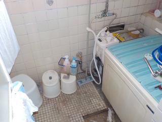 (部屋2)浴室のビフォア