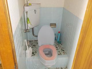 部屋2トイレのビフォア
