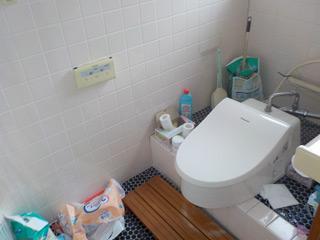 2Fトイレのビフォア