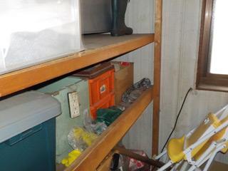 倉庫の中のビフォア