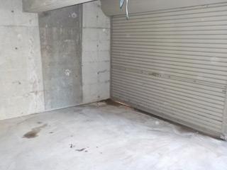 車庫右入口付近のアフター