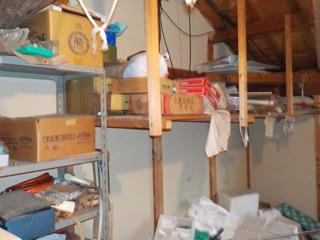 部屋5(2F倉庫)のビフォア