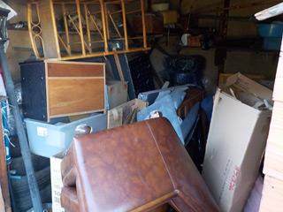 倉庫1左手のビフォア