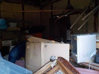 倉庫1右手のビフォア