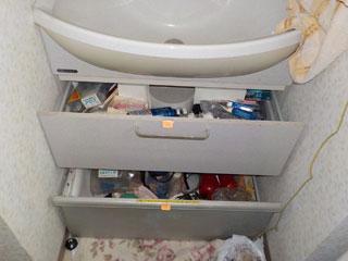 洗面下のビフォア