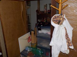 2階部屋2の収納のビフォア
