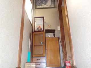 階段上のビフォア